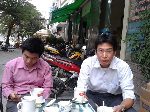 Giám đốc mới phụ trách kinh doanh ngành hàng Eco Solutions của Công ty Panasonic thăm Đại lý Linh Giang